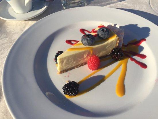 Seerose: Hervorragender NY Cheesecake