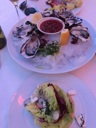 Spago: Divine oysters and simple salad split! Double yum