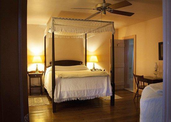 Mouton Plantation Bed & Breakfast : Bedroom