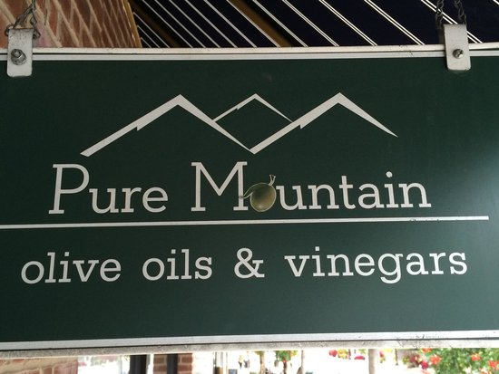 Pure Mountain Olive Oil