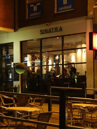 Sinatras Lounge Bar and Restaurant: Exterior view of Sinatra's