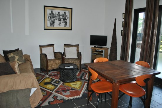 Rorke's Drift Lodge : Our living area