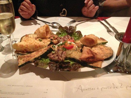 Athena Restaurant Grec: Hot appetizer combination platter