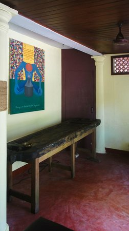 Agastya Ayurveda Massage Centre: Treatment room