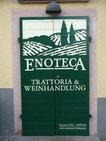 Enoteca: Der Eingang der Trattoria