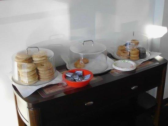 Highlander Motel: breakfast