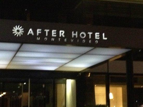 After Hotel Montevideo: Faixada do hotel