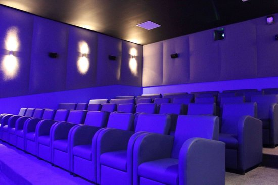 Luxury Screen -... G Cinema