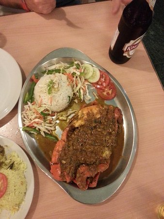 Gecko Cafe: Huge and extremely delicious crab that we had!!