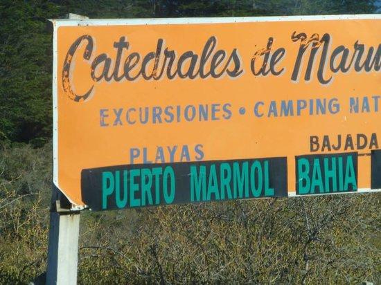 Foto de hoster a costanera puerto rio tranquilo for Precio marmol chile