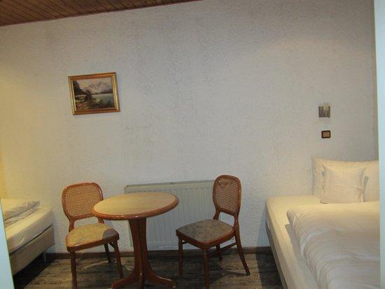 Hotel-Restaurant Barbarossahof: Dining area