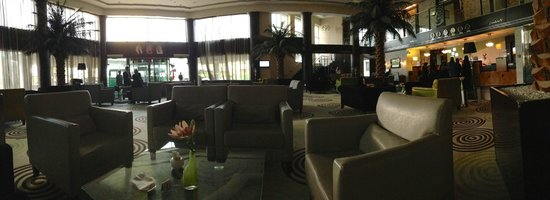 Holiday Inn Riyadh Izdihar : Hotel Lobby