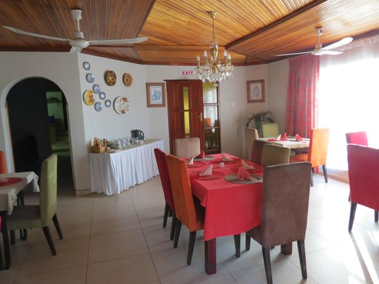 Valley View Guest House: Dining Room