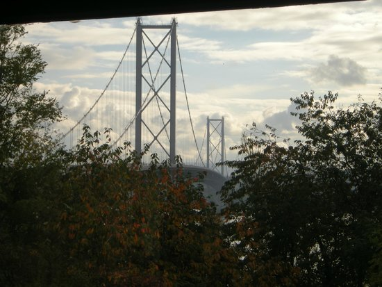 The Queensferry Hotel: Forth Road Bridge