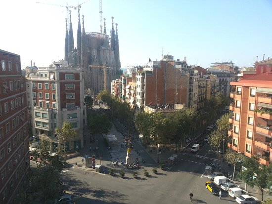 Suite Home Barcelona: View from our unit.