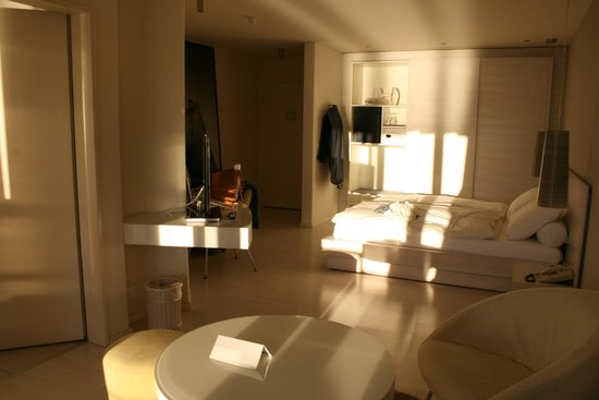 Chambre picture of seehotel hermitage luzern lucerne for Chambre public affairs