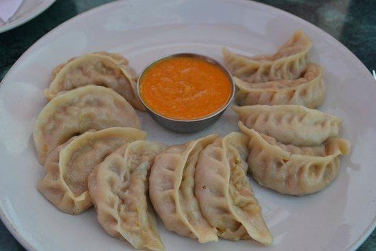 Sweet Home Bhaktapur: Yummy momos