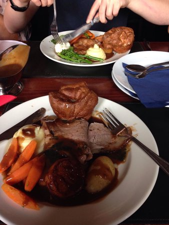Middlesbrough Hotel - Sporting Lodge: Sunday beef dinner