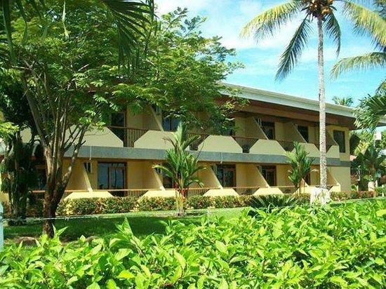 Hotel Manuel Antonio : Front beach hotel