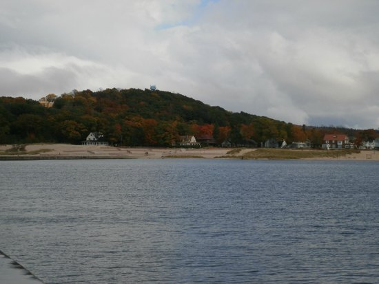 The Frankfort Light: Frankfort beach from the harbor light