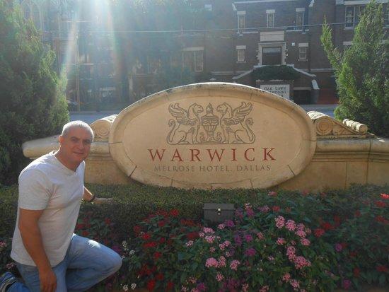Warwick Melrose Hotel Dallas: outside