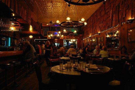Outlaw Restaurant: interno