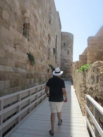 Castello Maniace: Walking inside