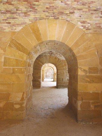 Castello Maniace: Arches