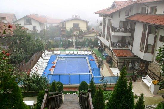 Aquilon Residence & Spa: Εξωτερική πισίνα