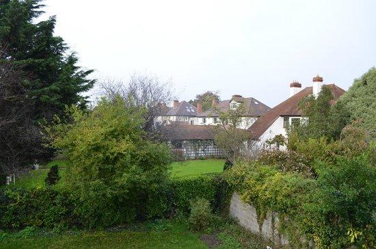 Donnybrook Lodge: Вид из окна номера