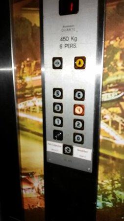 Hotel Elixir: In the elevator.