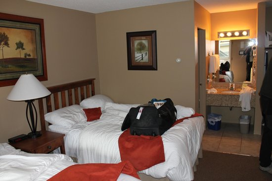 Tonquin Inn : vue chambre 2
