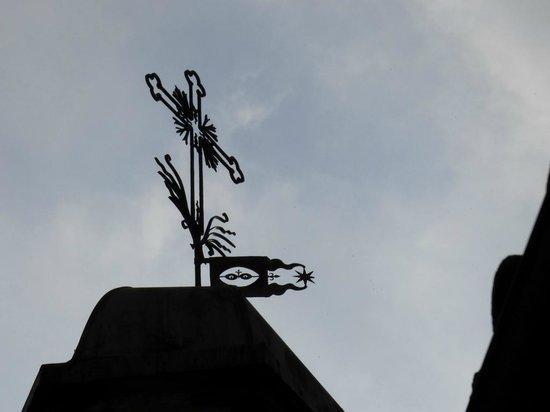 Santuario S. Lucia : Banderuola sul campanile