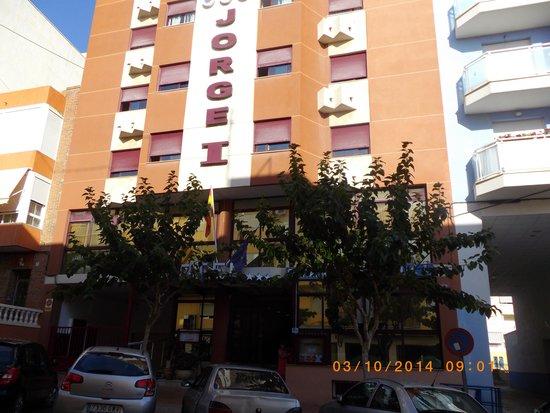 Hotel Jorge I: hotel front entrance