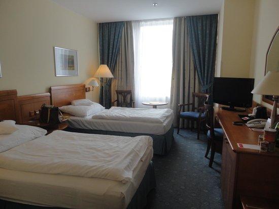 Ramada Prague City Centre: Zimmer mit Blick auf Wenzelplatz
