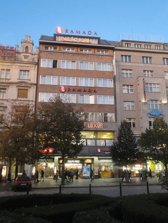 Dusch picture of ramada prague city centre prague for Hotels in prague centre
