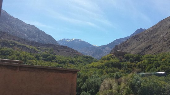 Riad Atlas Toubkal : View from the roof terrace
