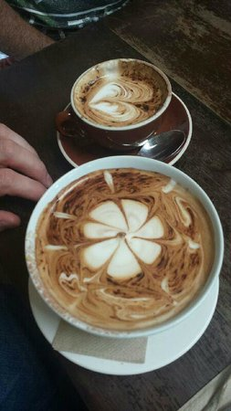 Berry Sourdough Cafe : large cupachino and regular ---hugh differance !!!