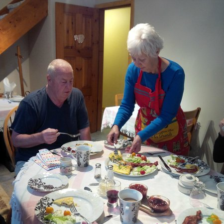 La Bergerie B&B: My Dad and Maxine