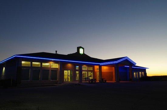 Neepawa, Canadá: NIGHT VIEW