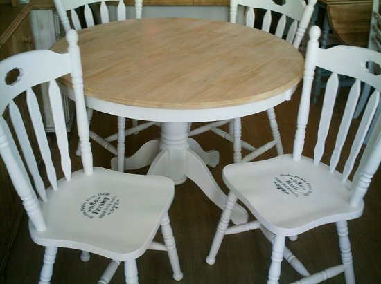 Shabby 2 Chic Table And Chairs