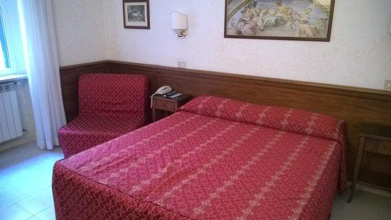 Hotel Silla: Camera doppia