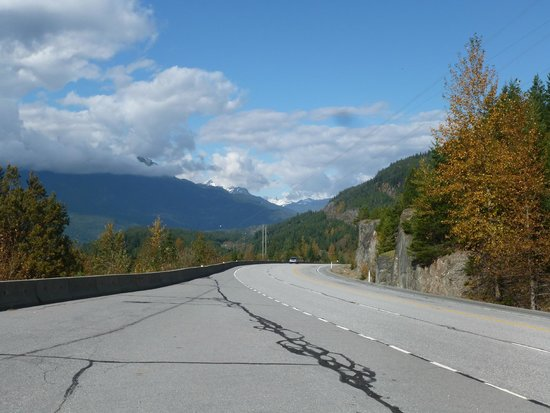 Sea to Sky Highway: The highway from one of the lookouts near Squamish