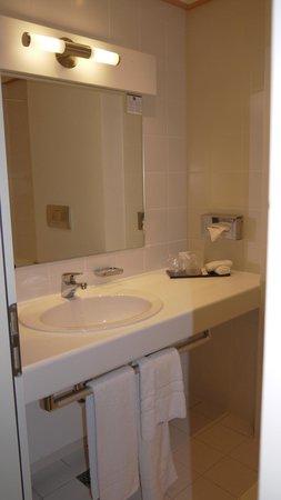 Hotel Cristal: Baño 3