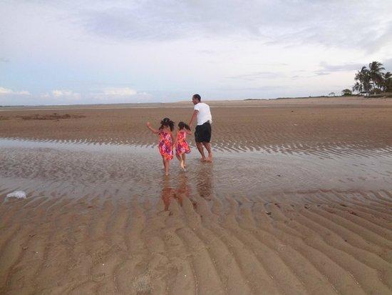 Pousada Encontro das Aguas: Praia de Peroba