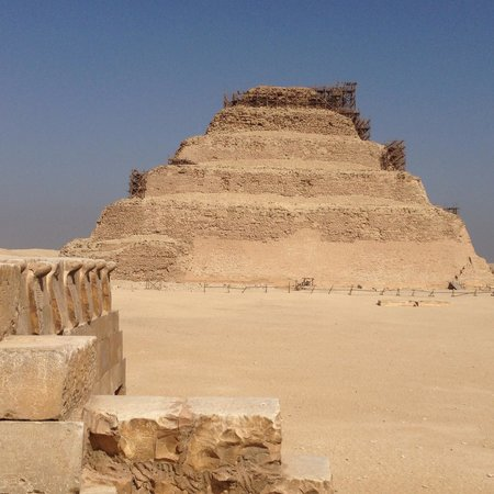 Egypt Queen  Day  Tours: The Great Step Pyramid Complex at Saqqara