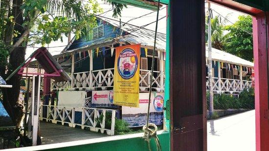 Buga Mama Restaurant : Entrada del Bugamama