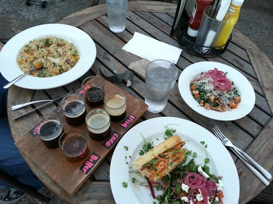 Carbondale Beer Works: Kale and Roasted Squash, Beet & Quinoa Salad (as a side with) Veggie Bahn Mi, Fall Risotto