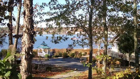 Sheepscot Harbour Village Resort & Spa: View from the resort property.