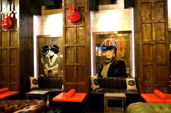 The Decor at the Electric Room - Picture of Dream Downtown, New York ...
